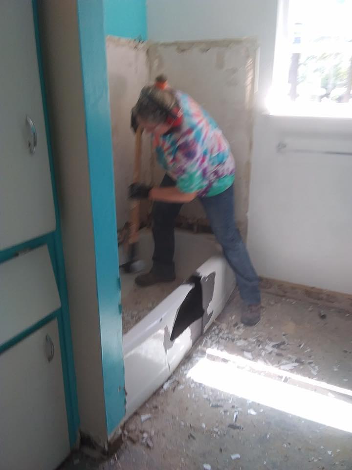 Demolishing a bathtub